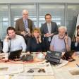 Die Steuerexperten: Tanja Hirsch, Andy Strey, Wolfgang Wawro, Martina Bruse, Uwe Rauhöft, Jörg Medczinski, Sebastian Merla (von links)