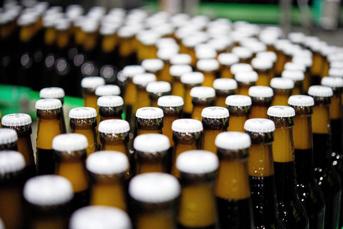 Deutsche trinken weniger Bier – Brauereien leiden